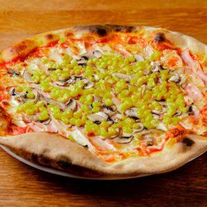 Pizza Funghi Mais e Prosciutto